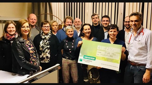 N-VA Mol schenkt € 1250 aan Koala Care project AZ Mol