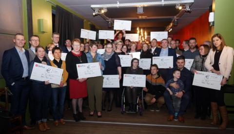 Ronde Tafel Mol schenkt +35000 euro aan 24 sociale projecten - foto Yvo geerts