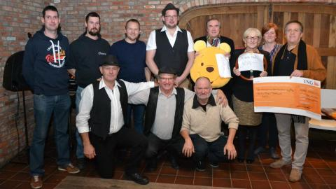 VZW Den Trekhaak schenkt winst Zigeunerfjeste 2019 aan goede doelen