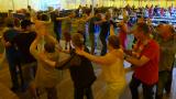 Bewoners den Brand dansen op de Zigeuner feesten Mol Sluis
